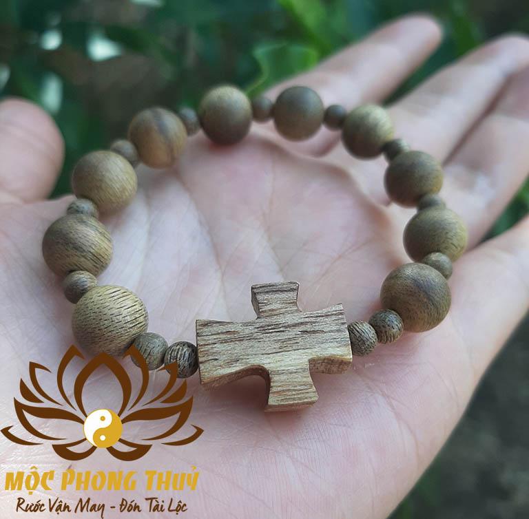 vòng mân côi gỗ trầm hương