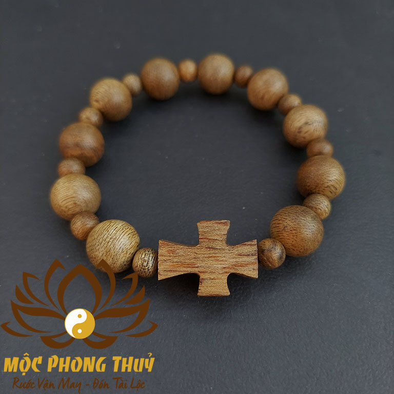 vòng mân côi gỗ trầm hương cho người công giáo